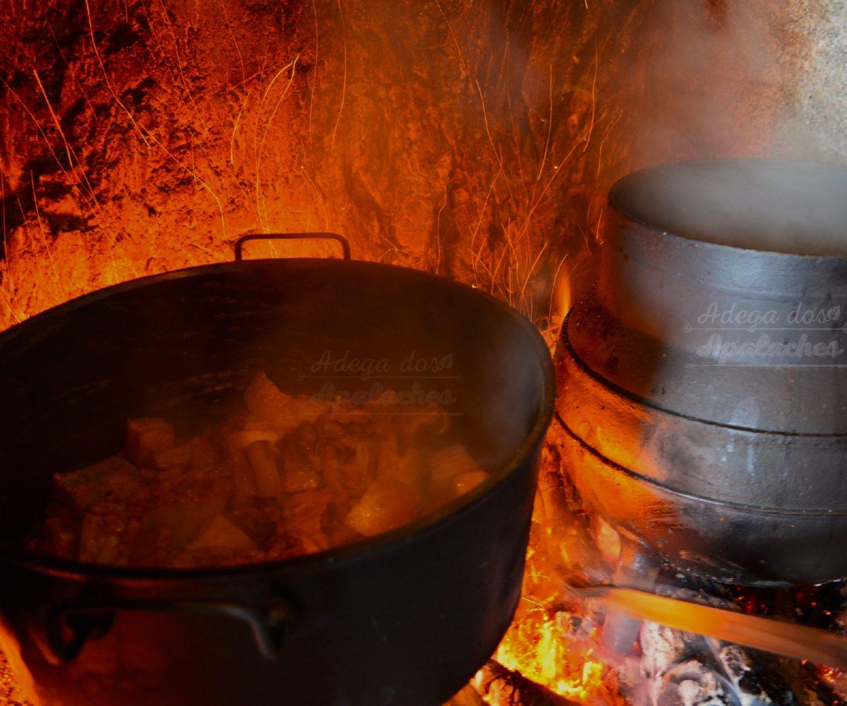 Adega-dos-Apalaches-cozido da-panela