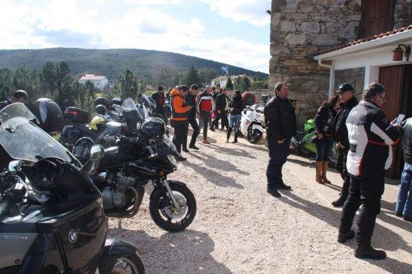 Passeio de moto - Grupos na Adega
