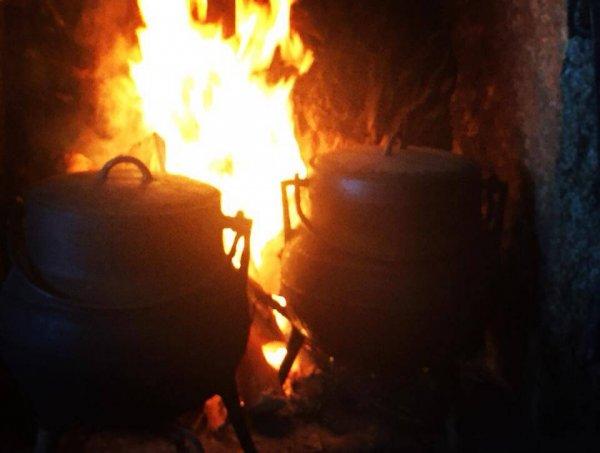 panelas de ferro - sopa ao lume